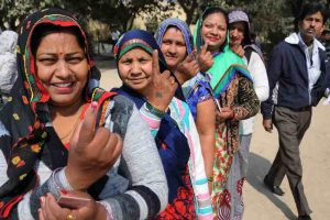 UP elections 2017: Kushinagar, Mau lead in 25% polling in first four hours