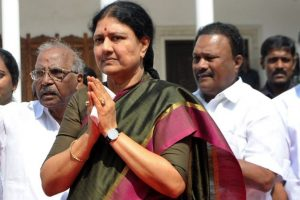Delay in swearing-in is to break the party: Sasikala