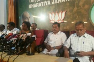 BJP seeks probe into Panneerselvam's resignation remarks