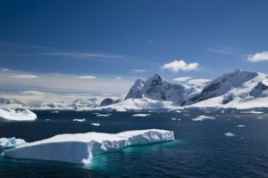 Glacier shape can predict melting risk