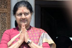 'Sasikala cannot vote, EC should disqualify her as AIADMK leader'