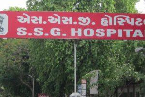 2 prisoners escape from hospital in Vadodara