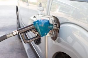 Govt denounces bid to shut petrol pumps on Sundays