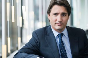 Justin Trudeau delivers formal apology to LGBTQ Canadians
