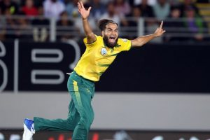 Tahir shines as South Africa thrash New Zealand in T20I