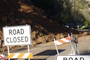 Landslides shut down Jammu-Srinagar highway