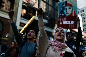 Thousands declare 'I am Muslim too' at solidarity rally in US