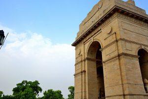 Sunny Thursday in New Delhi