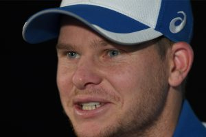 Ball-tampering row: Henriques claims Steve Smith is lying, there was no team meeting