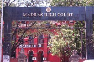 Madras HC adjourns Stalin's plea against trust vote