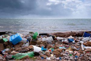 10 countries join UN Environment's war on marine litter