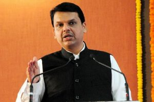 Maharashtra CM inaugurates Town Hall and Asiatic Society Library