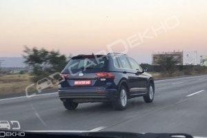 Volkswagen Tiguan and Passat spied in the wild!