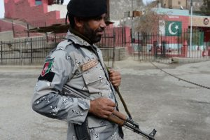 Pakistan police kills two IS militants