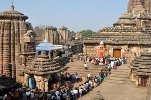 Thousands throng temples in Odisha on Maha Shivratri