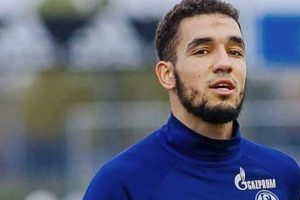 Midfielder Nabil Bentaleb to stay at Schalke
