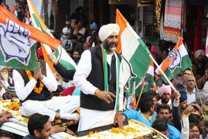 Modi pulled down the stature of PM's office: Congress