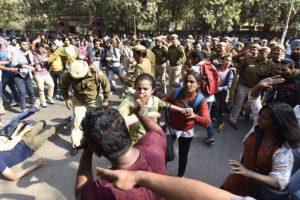 AAP slams BJP after DU student gets rape threats