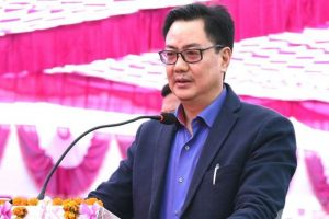 Who's polluting young girl's mind: Rijiju on DU student