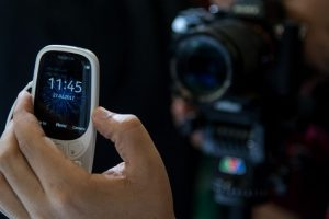 Nokia reports another loss as networks sag