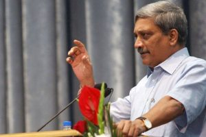 Parrikar backs free speech, but with a rider