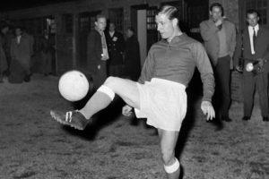 French football legend Raymond Kopa passes away