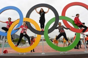 IOC heads to LA as 2024 race heats up
