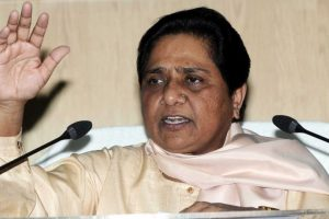 People at Modi's roadshow mere spectators, says Mayawati