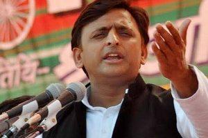 Akhilesh Yadav resigns as Uttar Pradesh CM
