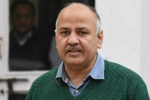Manish Sisodia turns poet to take dig at Centre's note ban