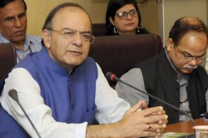 Jaitley supports Aadhaar-linked IT returns