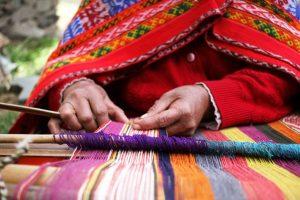 Smriti Irani announces awards for women weavers