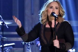 Adele defends Justin Bieber after her fans boos him