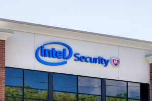 Intel asks consumers not to install recent security patches, admits to having reboot issues