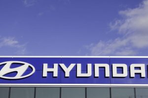 Hyundai signs 3 bn euro deal for Iran oil project