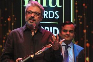 'Bhansali has the right to re-interpet history'