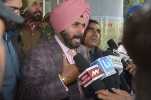 Navjot Singh Sidhu inducted as cabinet minister in Punjab