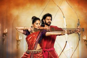 Rajamouli presents Katappa's sword to Karan Johar