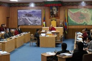 Tibetan parliament adopts resolution for solidarity with people in Tibet