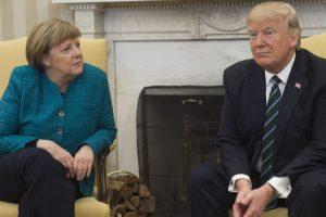 'Donald Trump did not refuse to shake Merkel's hand'
