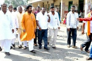 Airlines lift ban on Gaikwad; Minister assures of stricter rules