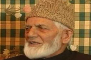 Geelani seeks clerics' help to boycott elections in Kashmir