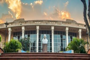 IIT Roorkee not to hire its PhD students as faculty members