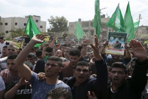 Palestinian killed before mass Gaza protest