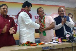 Delhi AAP MLA joins BJP ahead of civic polls