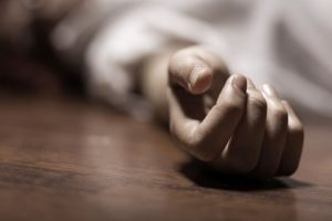 Man kills minor daughter over affair