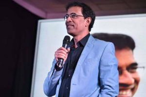 Cricket commentator Harsha Bhogle to return on air for IPL 10?