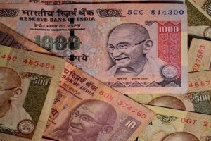 Old notes of Rs.92 lakh face value seized; 2 held