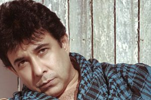 Deepak Tijori discovers he is not married to his wife?