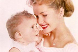 Birth Anniversary: 'Bundle of Joy' Debbie Reynolds